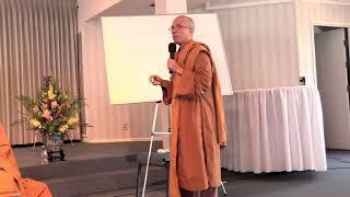 Tiếp Xúc Với Đạo Phật