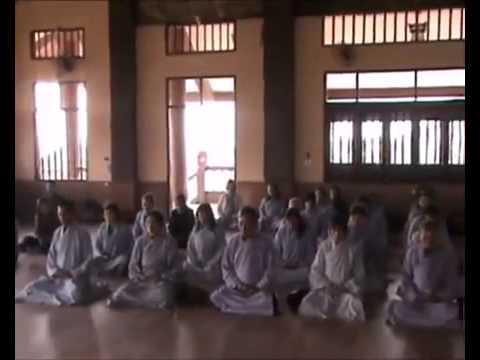 Ngày Tu Bát Quan trai tại Thiền viện Trúc Lâm Sùng Phúc