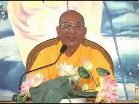 Đức Phật Hiện Trong Đời