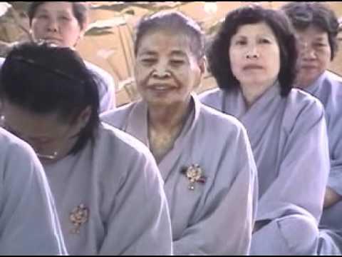 Ý nghĩa Phật ngồi tòa sen