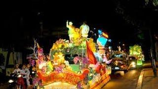 Diễu hành xe hoa Phật đản Huế 2017