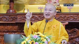 Pháp nạn 1963 | Chính quyền Ngô Đình Diệm cấm treo cờ Phật giáo trong mùa Phật đản nhưng khích lệ tín hữu treo cờ Vatican
