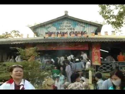 Hành hương làm phước (15/02/2010) video do Thích Nhật Từ giảng