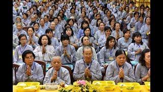 Tụng Kinh trong Khóa tu Tuổi Trẻ Hướng Phật tại chùa Giác Ngộ, ngày 22-11-2020