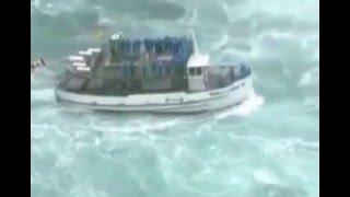 Thuyền Lớn Vượt Đại Dương