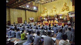 Tụng kinh trong Khóa tu NGÀY AN LẠC tại chùa Giác Ngộ ngày 08/11/2020