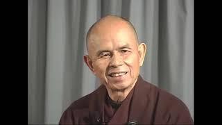 Chúng Ta Là Sự Tiếp Nối Của Bụt (23-09-2004)- TS Thích Nhất Hạnh giảng Tại Xóm Hạ, Làng Mai