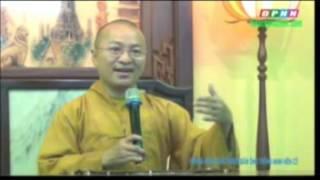 Những phẩm chất người đàn ông thông minh nên có (17/06/2012) video do Thích Nhật Từ giảng
