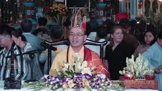 """ĐĐ. Thiện Xuân giảng chủ đề """"Đi Tìm Quán Âm""""  dưới Quan Âm Phật Đài"""