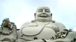 Khuôn viên chùa Vạn Linh - Núi Cấm