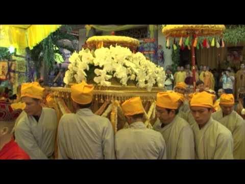 SEN VIỆT Video 9: Lễ Cung Tống Kim Quan HT Thích Minh Châu nhập bảo tháp 9/9/2012