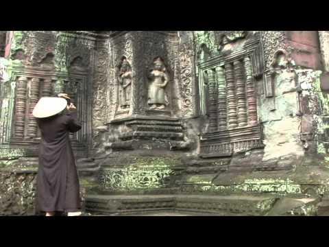 Ký sự Vương quốc chùa Tháp