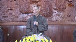 Rong chơi trong cõi Trịnh