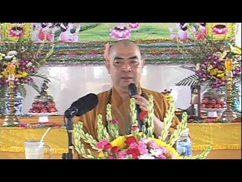 Giữa Cuộc Đời Đức Phật Đản Sinh