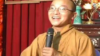 Luân Hồi Và Giải Thoát - Phần 1/2 (23/12/2006) video do TT.Thích Nhật Từ giảng
