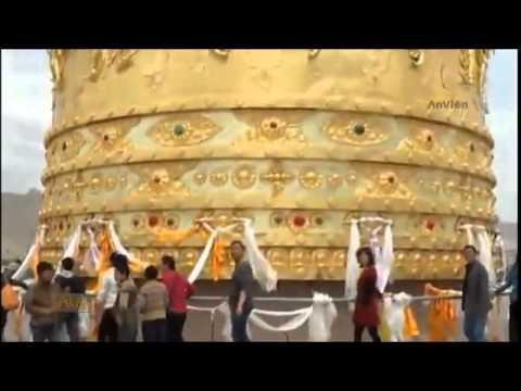 Bánh xe cầu nguyện lớn nhất thế giới tại Trung Quốc