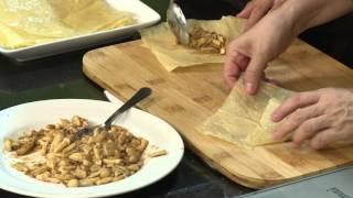 Món chay 110 - Tàu hũ ky cuộn nấm sốt thơm