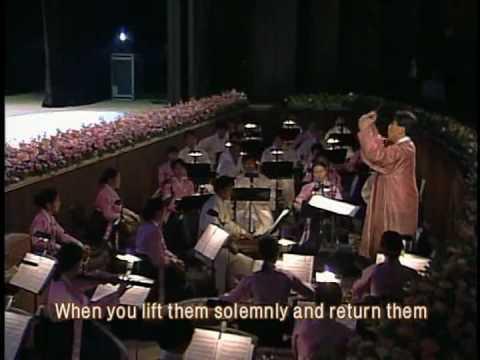 Korean Buddhist nuns/monks choir