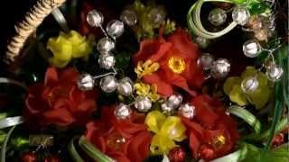 Dưới Bóng Bồ Đề: Đèn hoa dâng Phật