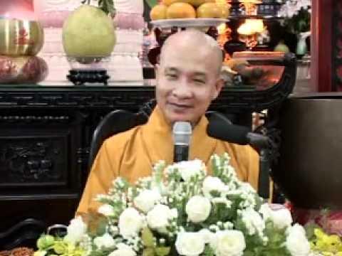 Niệm Phật Thành Tựu Năm Phước Báu và Sáu Công Đức