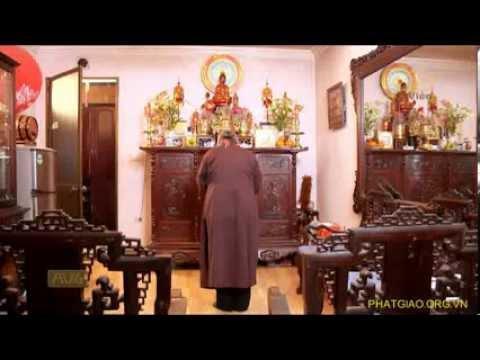 Đâu là đúng: Thờ Phật và thờ Gia tiên trên cùng một ban thờ