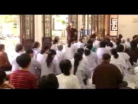 Thanh Niên Phụng Sự Xã Hội - phần 1/4 (15/05/2009) video do Thích Nhật Từ giảng